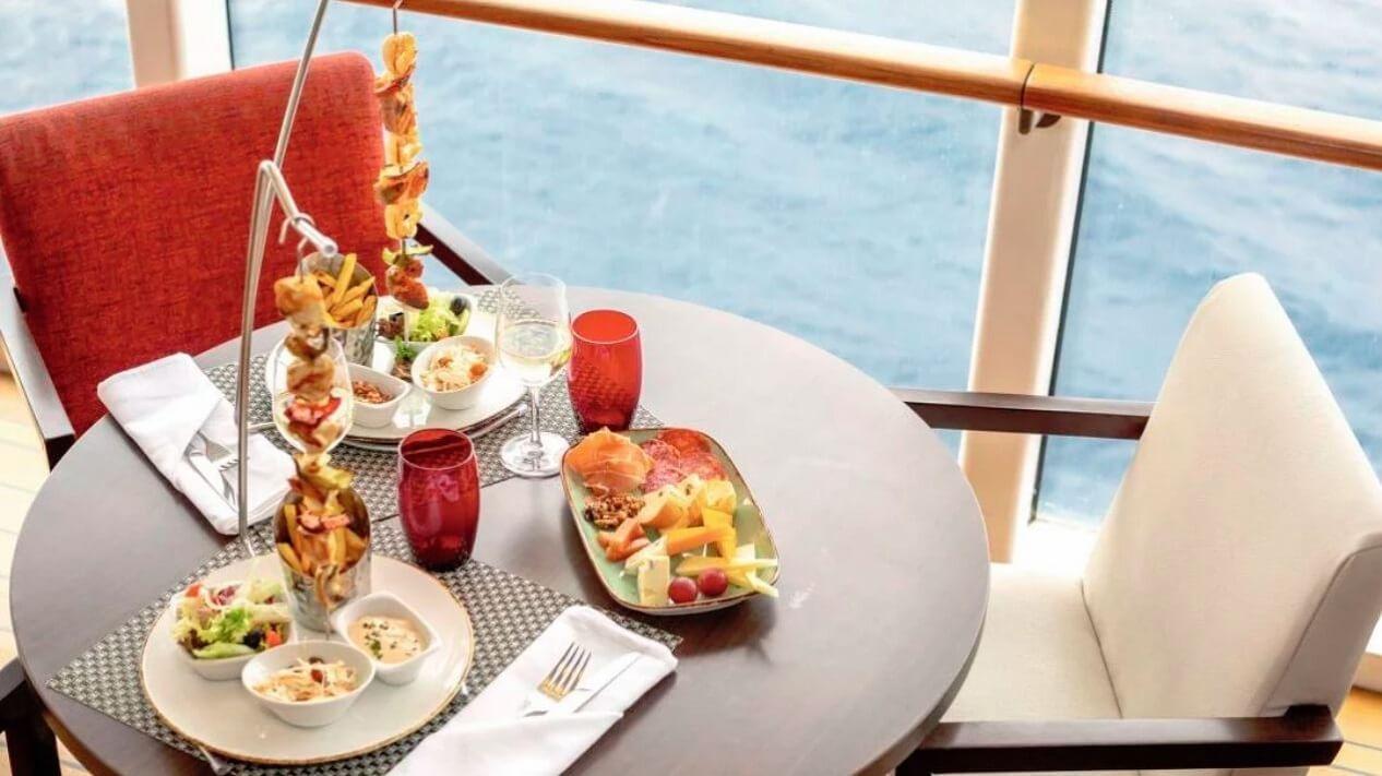 Marella-Explorer-Mediterranean-ravintola.jpg