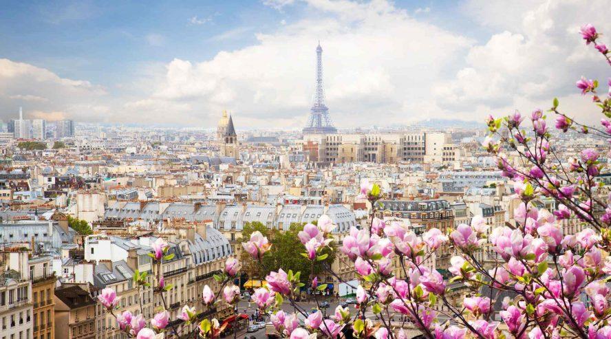 Pariisin kaupunkikuva ja Eiffeltorni Ranska