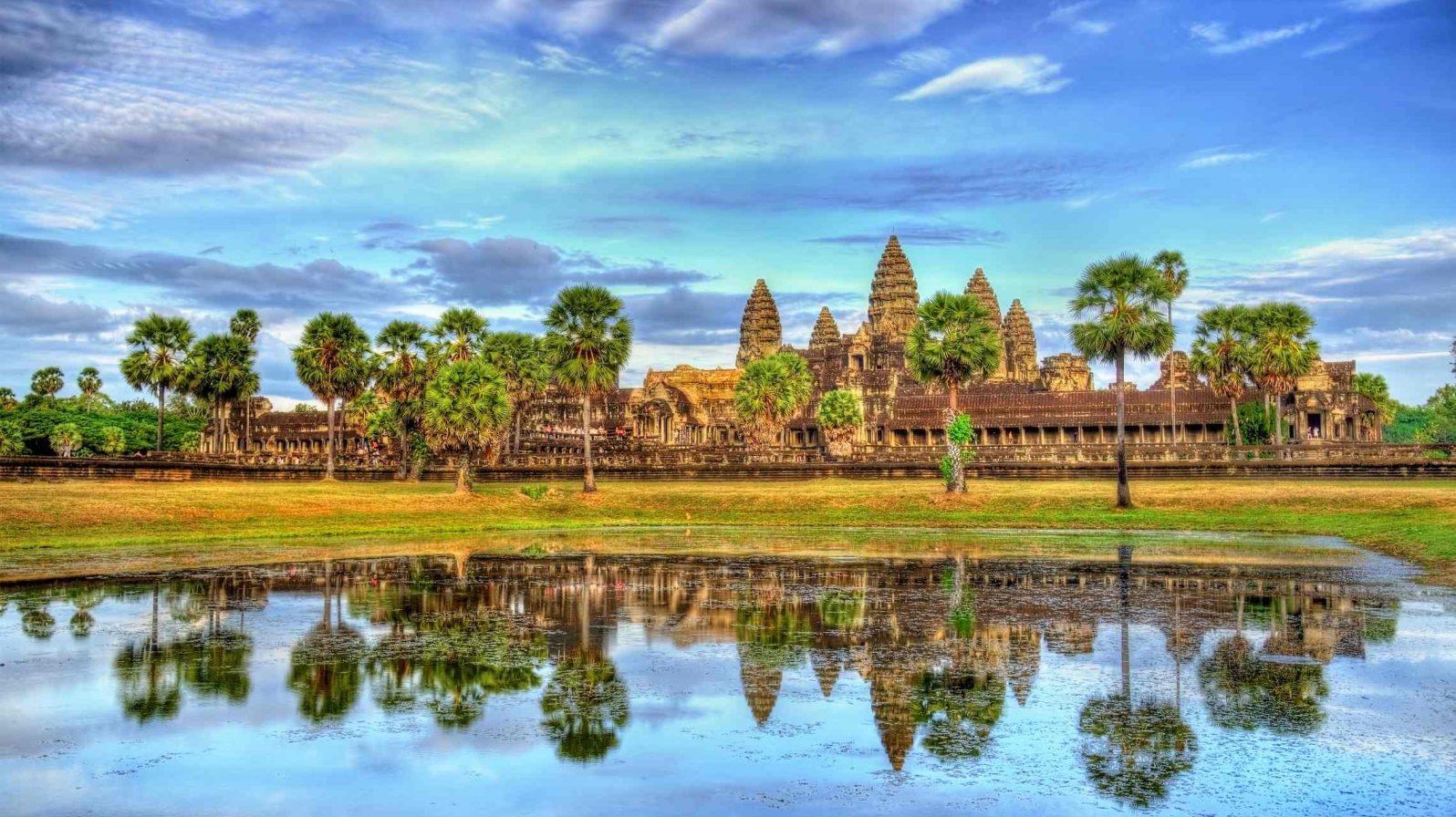 Angkor-Wat-UNESCO-kohde-Kambodza-1596x896.jpg