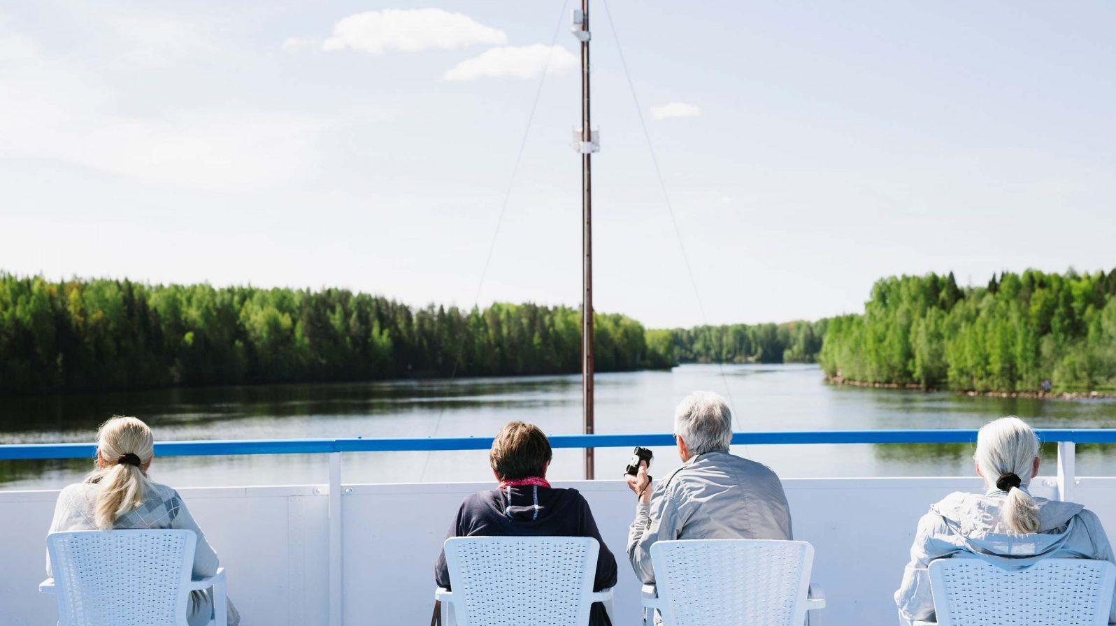 Aurinkokannella Volgajoen risteily Venäjä
