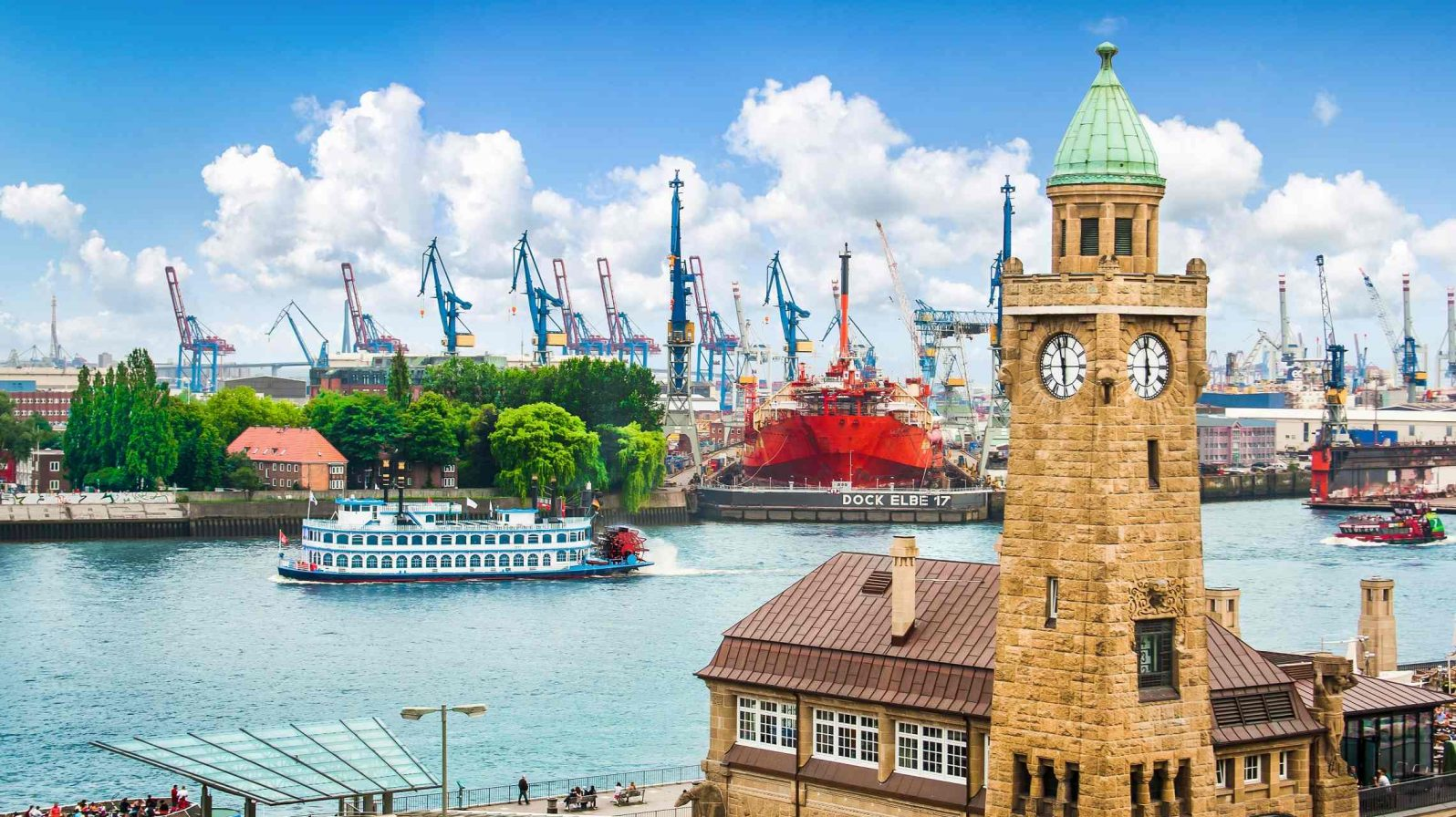 Hampurin-satama-Saksa-1596x896.jpg