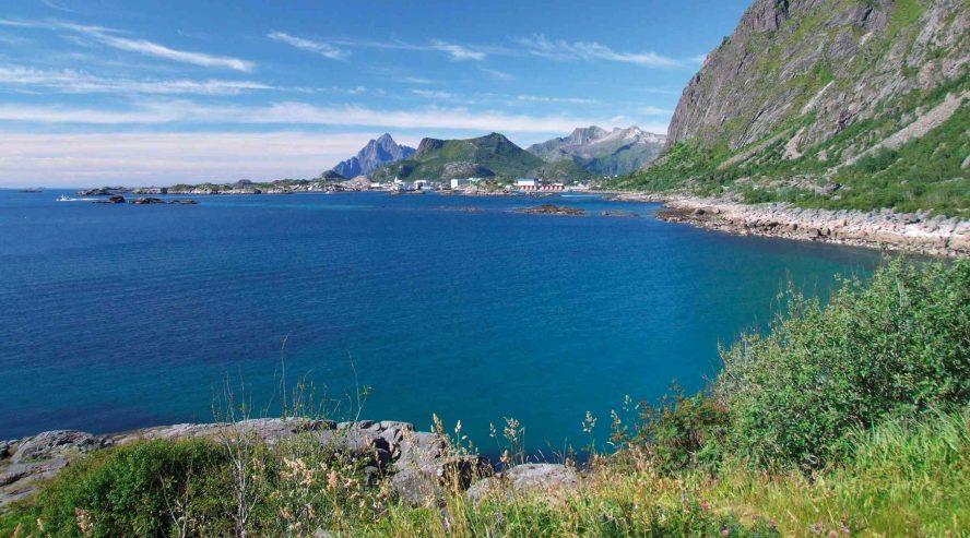 Svolvaer-Norja-888x493.jpg