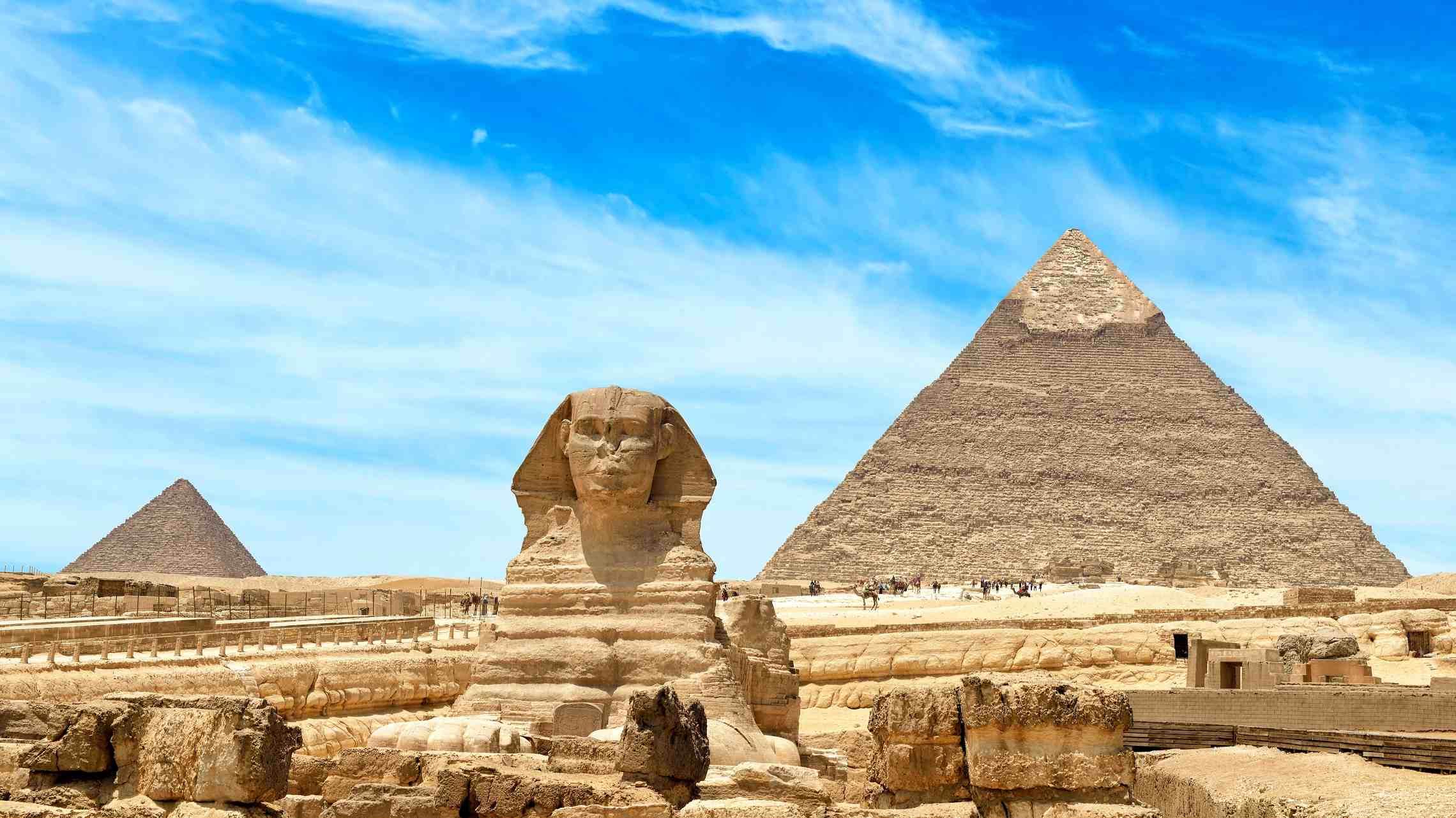 Gizan-Pyramidit-ja-Sfinski-Kairo-Egypti-1920x1080.jpg