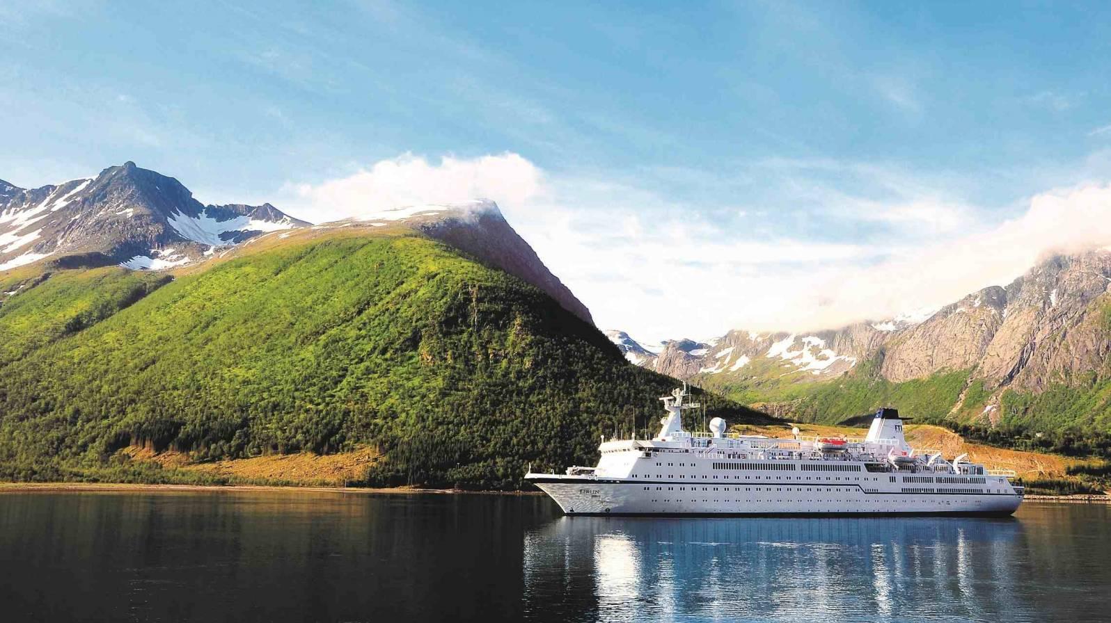 Berlin-Norjassa-ulkokuva-c-FTI-Cruises-1596x896.jpg