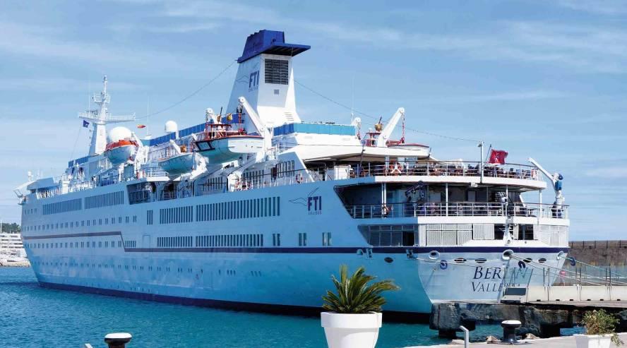 Berlin-ulkokuva-2-c-FTI-Cruises-888x493.jpg