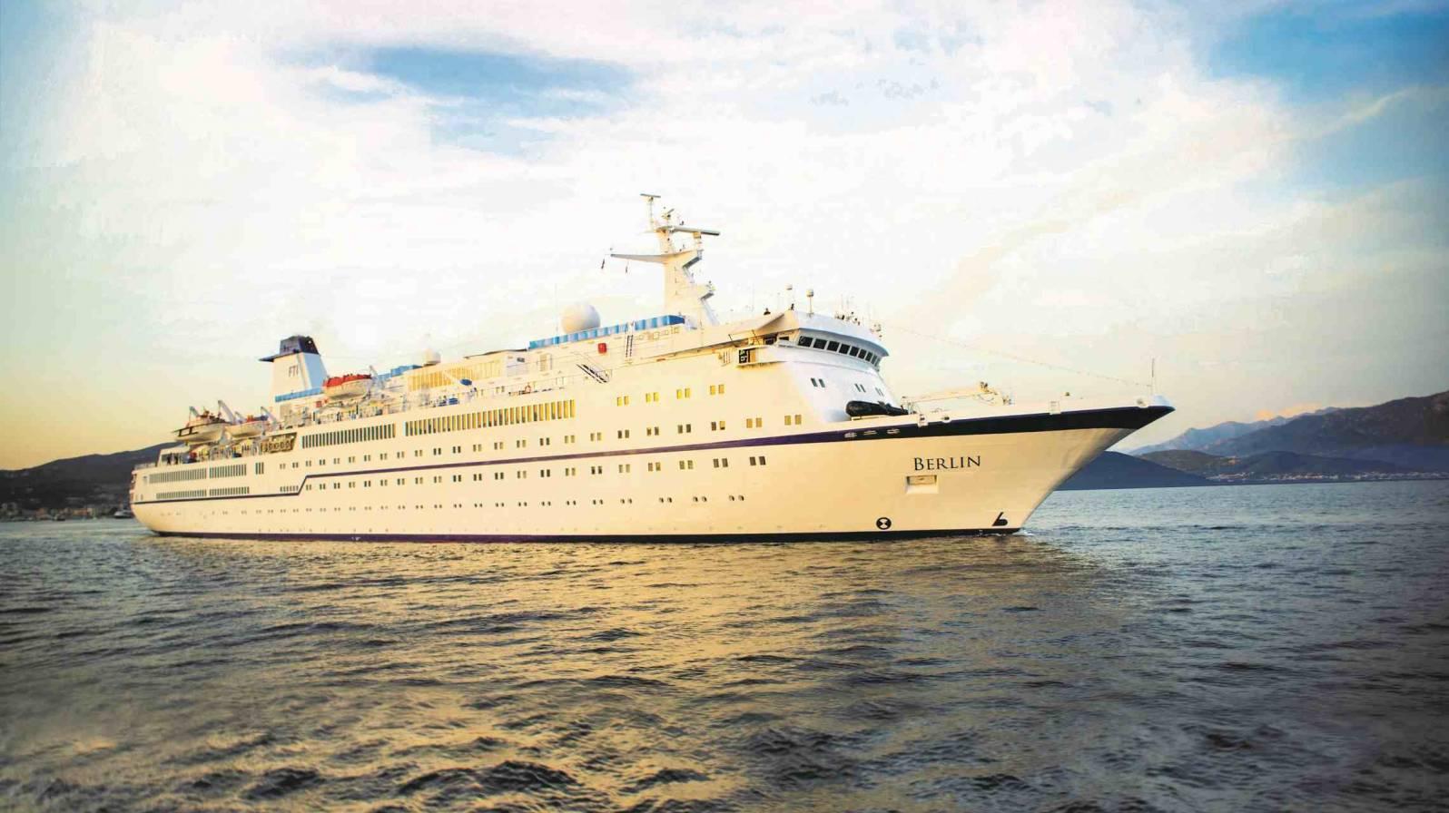 Berlin-ulkokuva-c-FTI-Cruises-1596x896.jpg