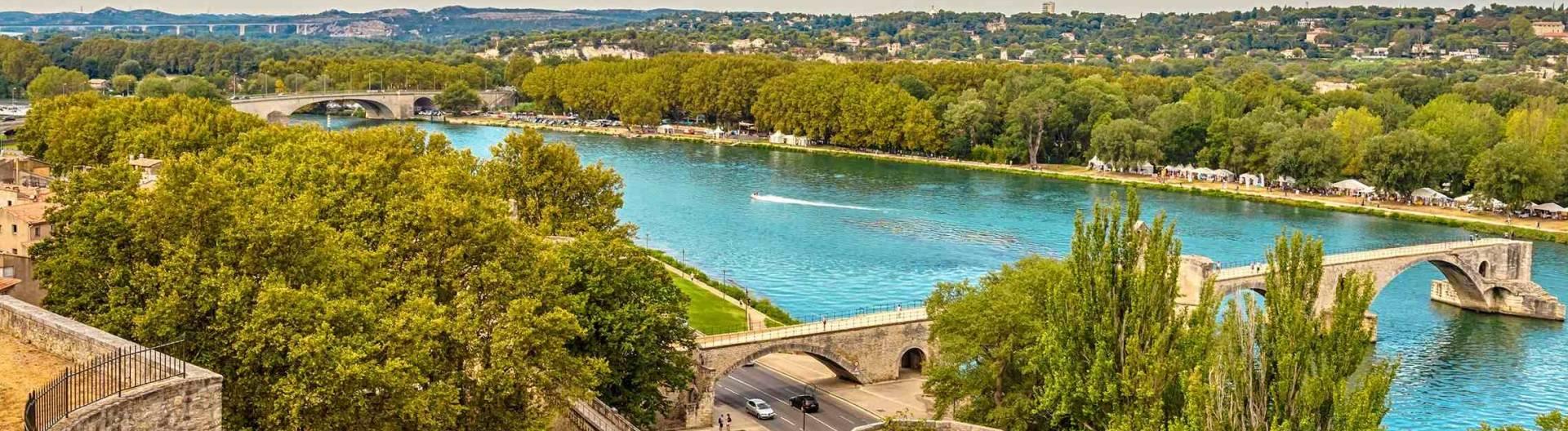 Rhonejoki-Avignon-Ranska-1920x528.jpg