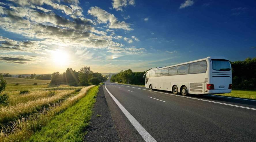Laiva-bussi-risteilyt-maata-pitkin-888x493.jpg