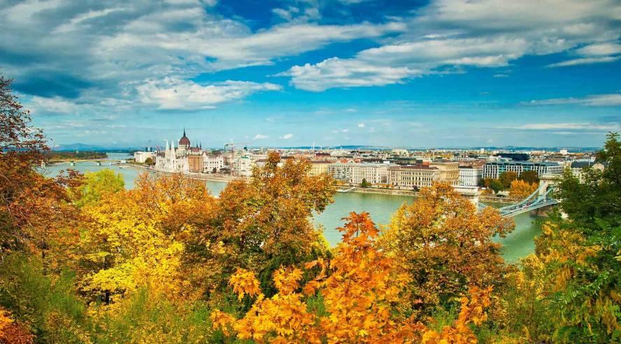Budapest syksyllä Unkari Tonavan risteily